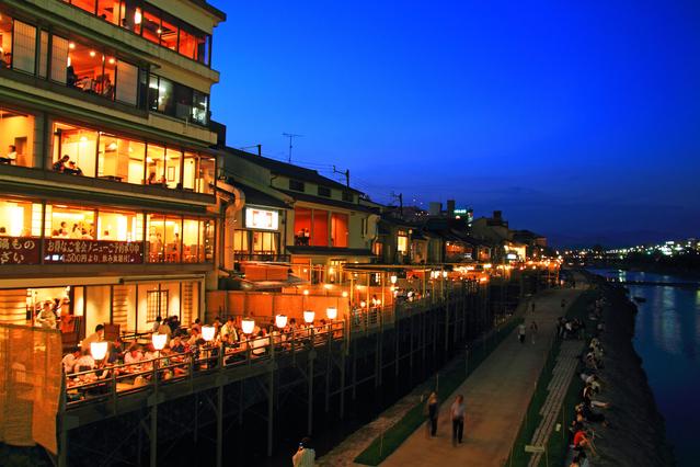 京都で出会いを求めるなら押さえておきたい10のスポットと方法