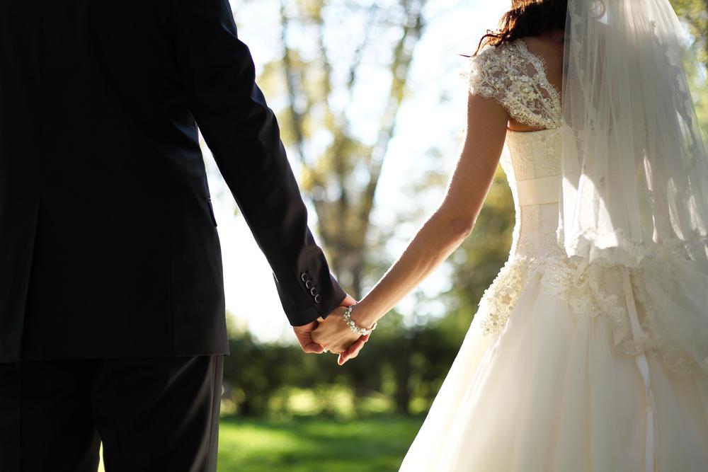 元カノの結婚を知って男性はどんな気持ちになる?