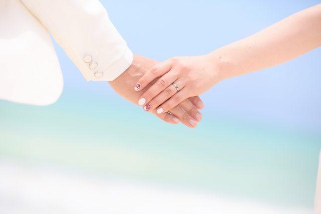 付き合う前に手をつなぐための5つの方法はコレ!